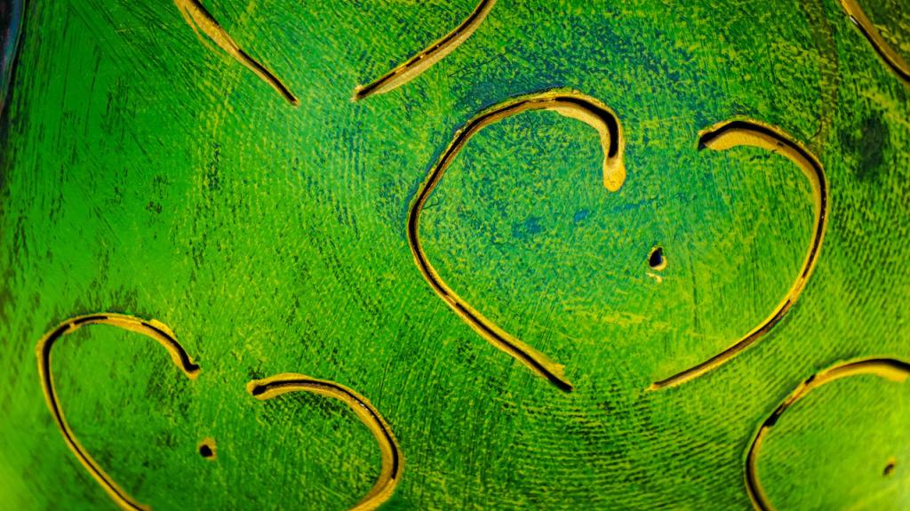 abstract golden heart green canvas